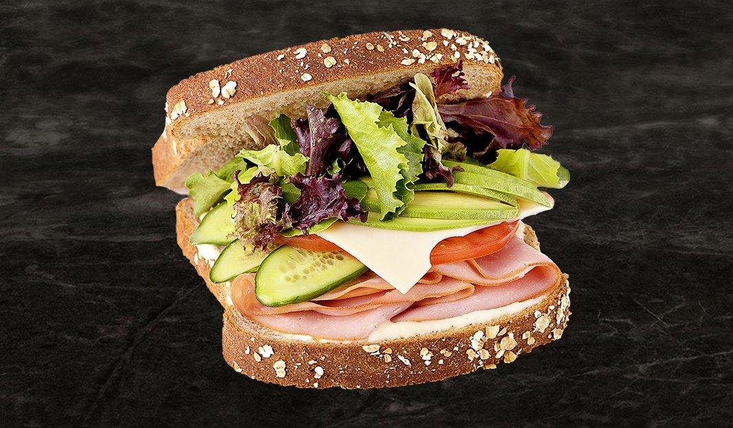 Sandwich jambon et avocat
