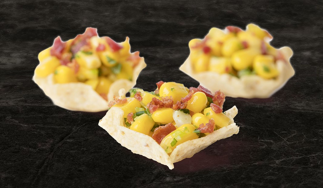 Bouchées croustillantes, salade tiède bacon-maïs