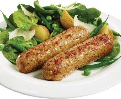 Saucisses Florentine avec salade d'épinards et de pommes de terre grelots
