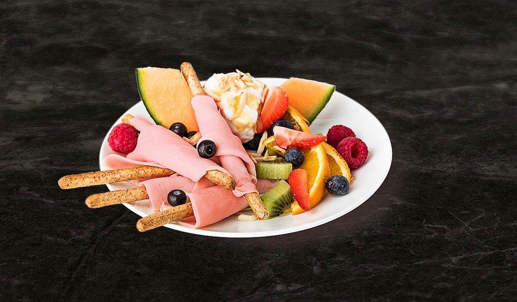 Déjeuner tutti-frutti
