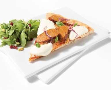 Thin crust pizzas with Italienne sausage and Boursin