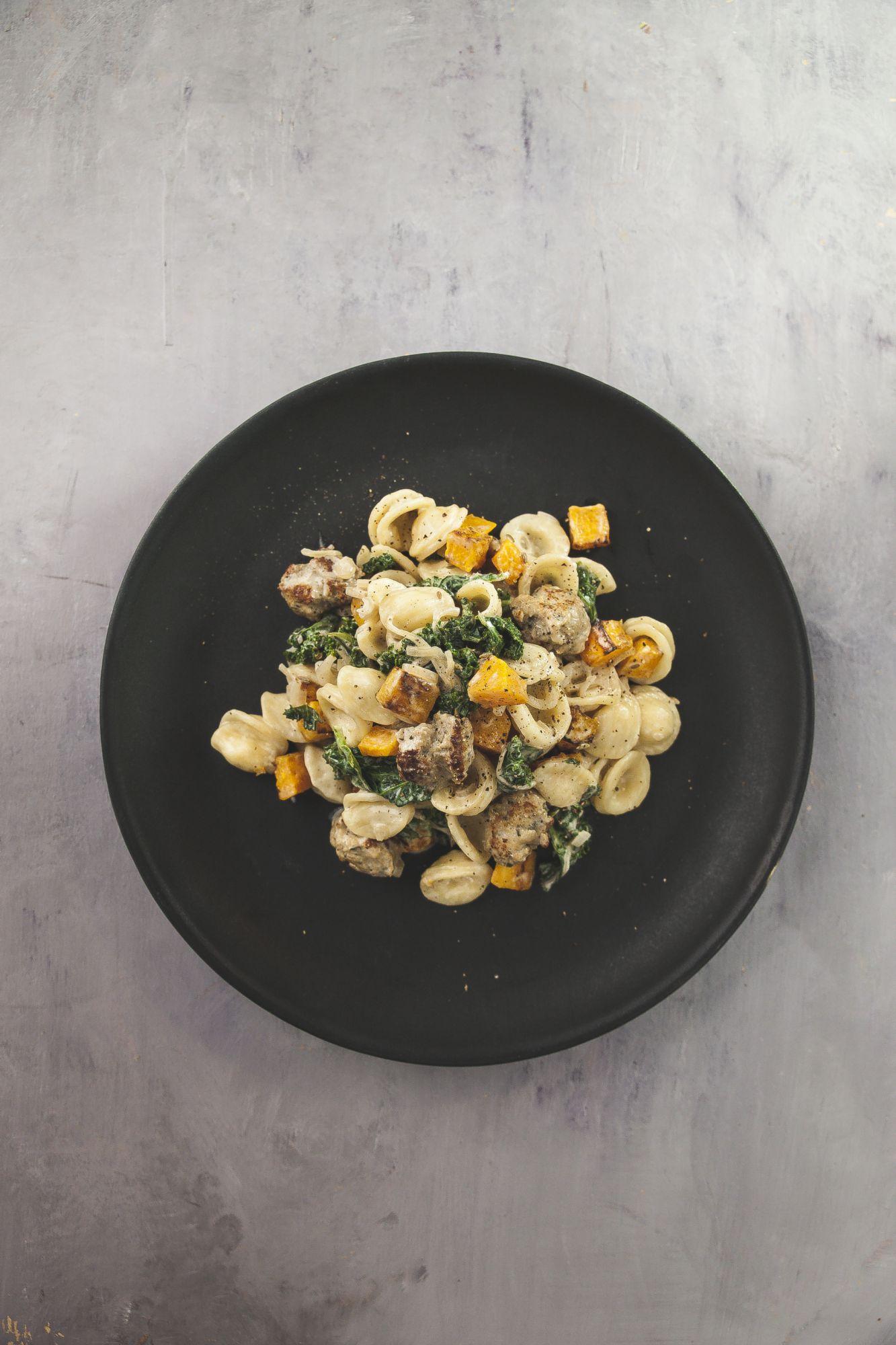 Orecchiettes courge r tie parmesan kale et saucisse for 1 cuillere a table en ml