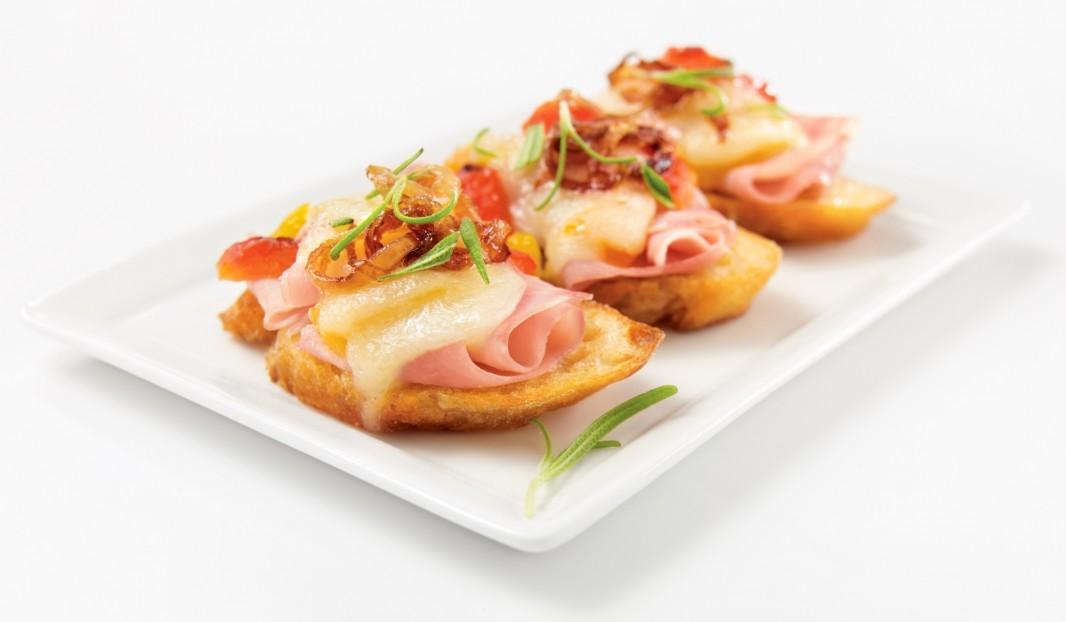 Mini-croques au jambon cuit lentement