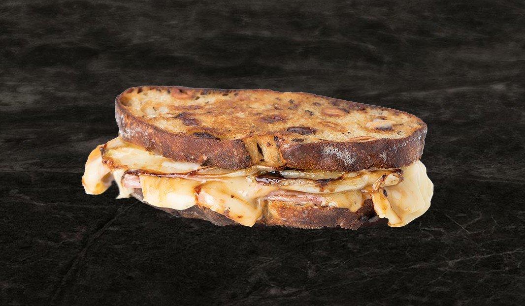 Grilled cheese au smoked meat de porc de la Réserve