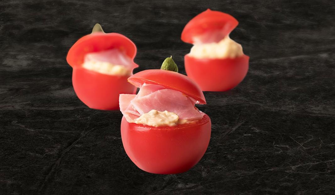 Sandwichs de tomates cocktails au jambon