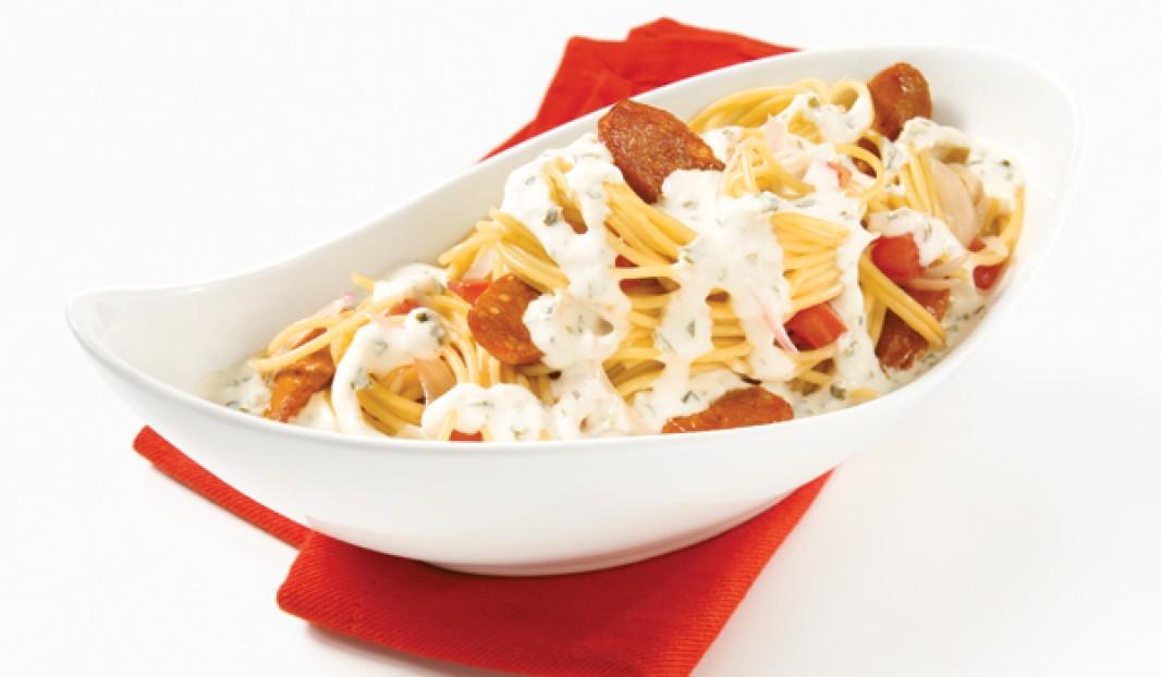 Spaghettis à la saucisse Merguez, aux palourdes et au Boursin
