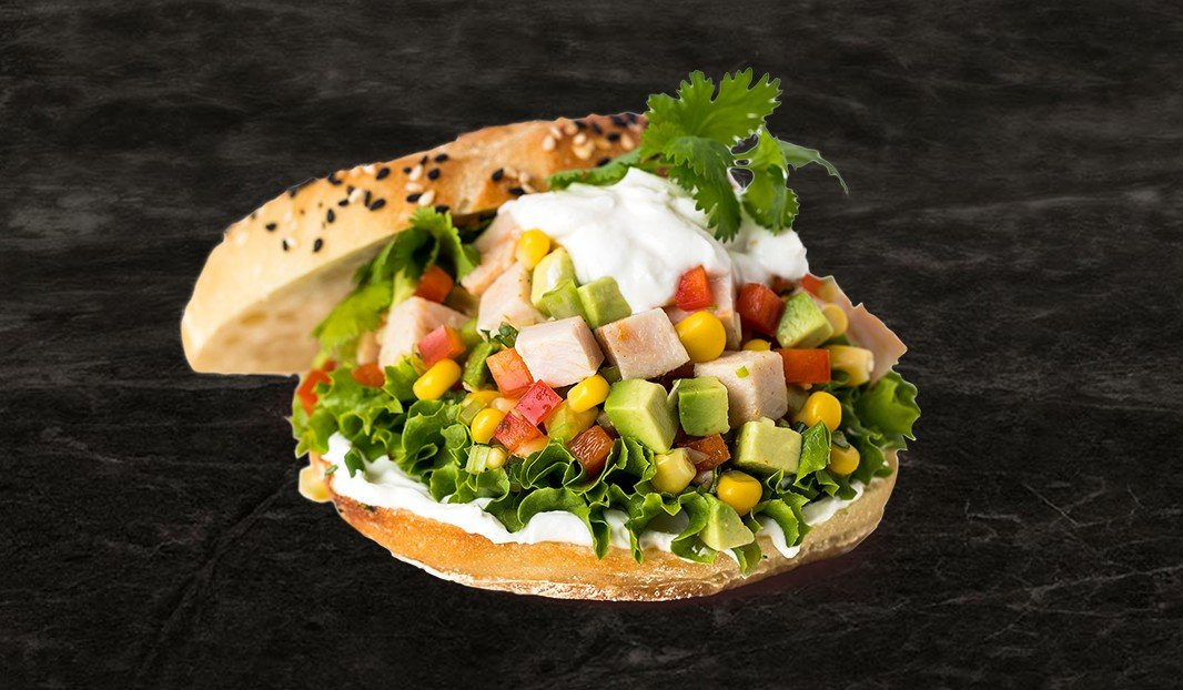 Bagel et salade de dindon au chipotle