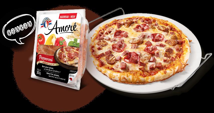 Un nouveau pepperoni se pointe sur votre pizza